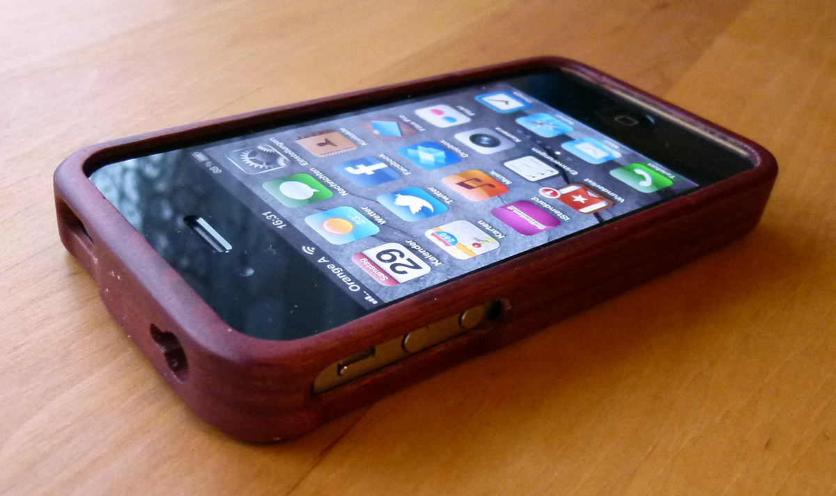 Holzcase für das iPhone 4S