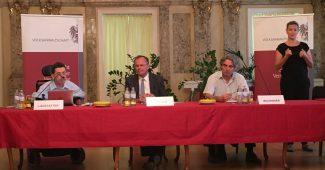 NGO Forum der Volksanwaltschaft zum Stephansplatz am 2. August 2016