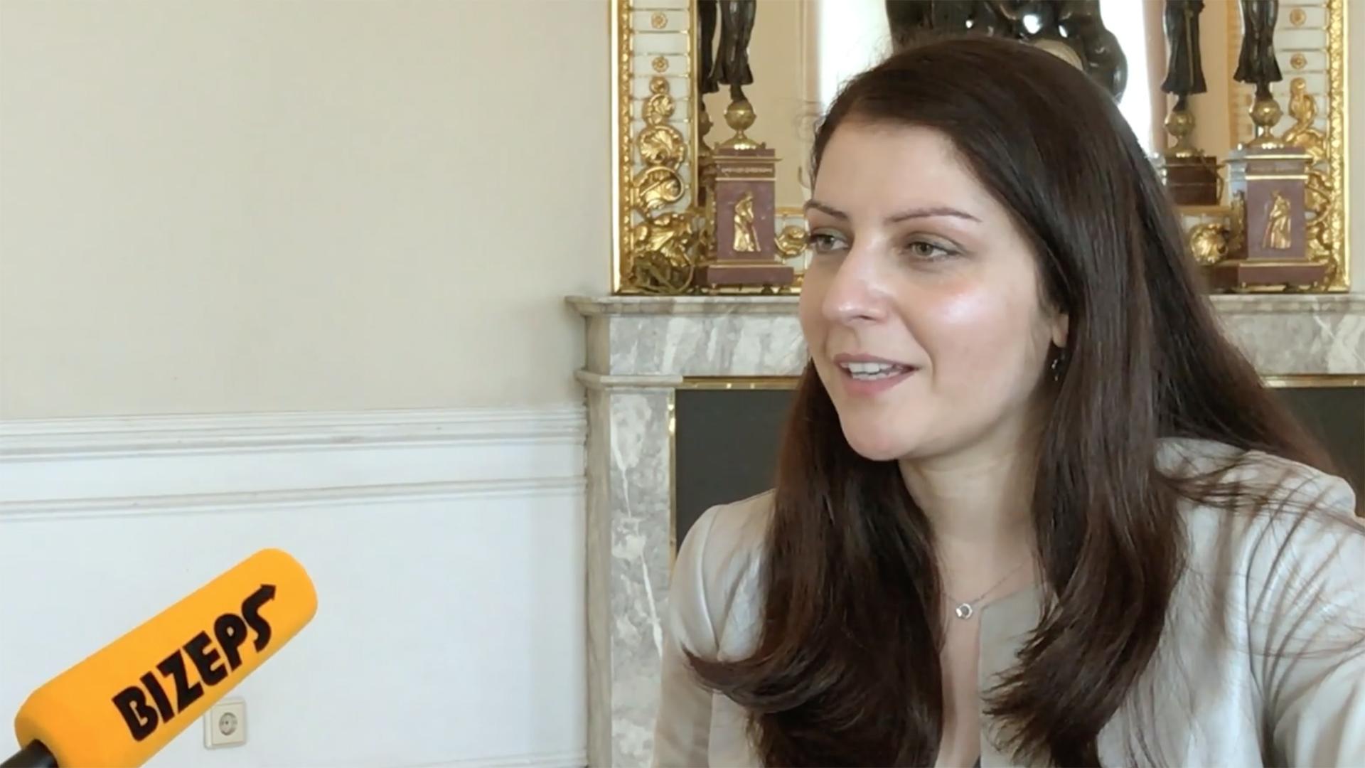 Interview mit Muna Duzdar