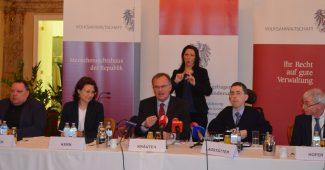 Pressekonferenz mit Herbert Pichler, Günter Kräuter, Martin Ladstätter und Hansjörg Hofer (sowie Frau Kern von der Volksanwaltschaft)