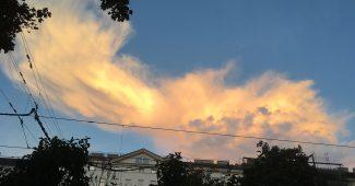 Wolken bei Sonnenuntergang