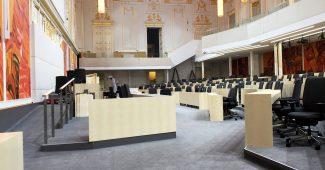 Sitzungssaal im Ausweichquartier des Parlaments in der Hofburg